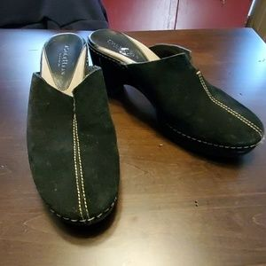 Like new Cole haan clogs